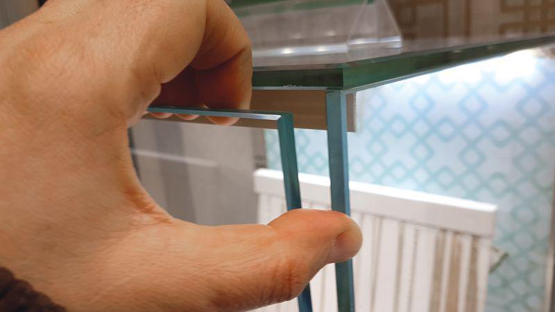 Кражи из витрин и способы их предотвращения